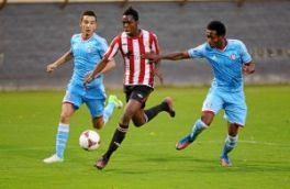 El Athletic blinda a I�aki Williams